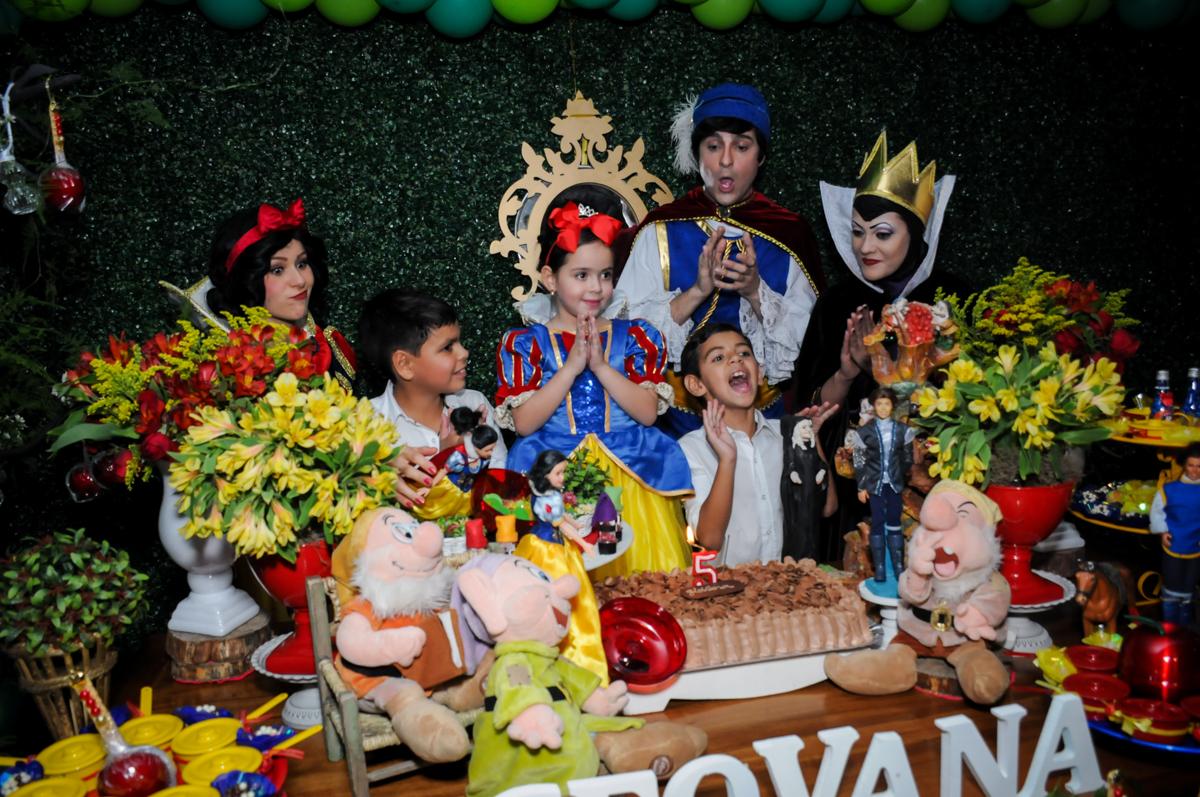 hora do parabéns no Buffet Viva Vida, Butantã, São Paulo