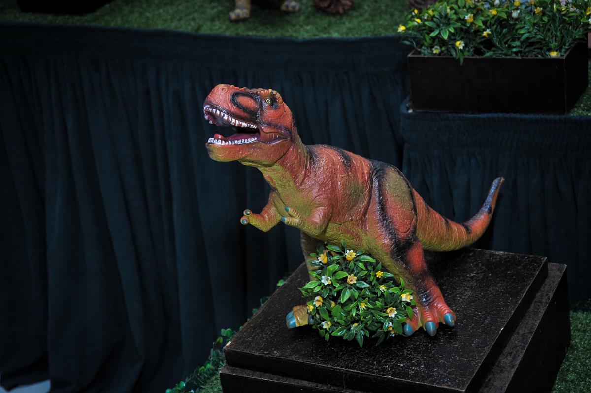 os dinossauros rex no Buffet infantil Max Mania, Panambi
