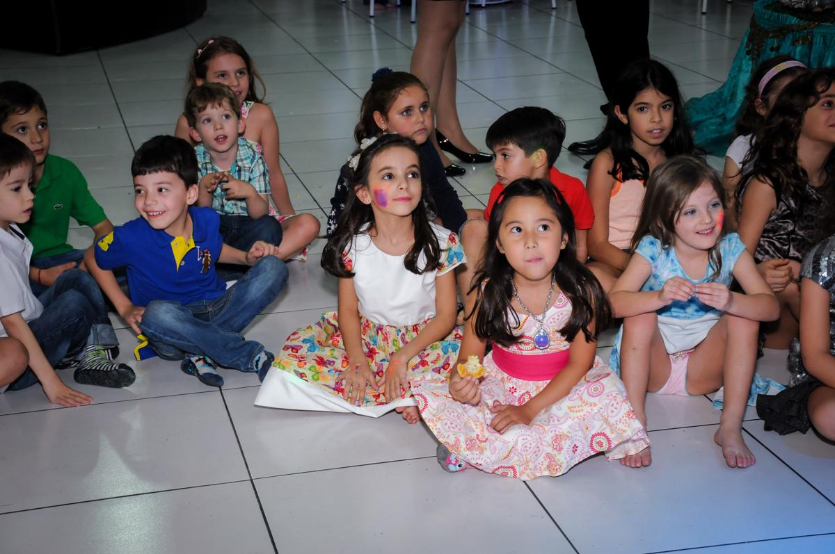 hora do show no Buffet Infantil Ra Tim Boom, Saude, São Paulo