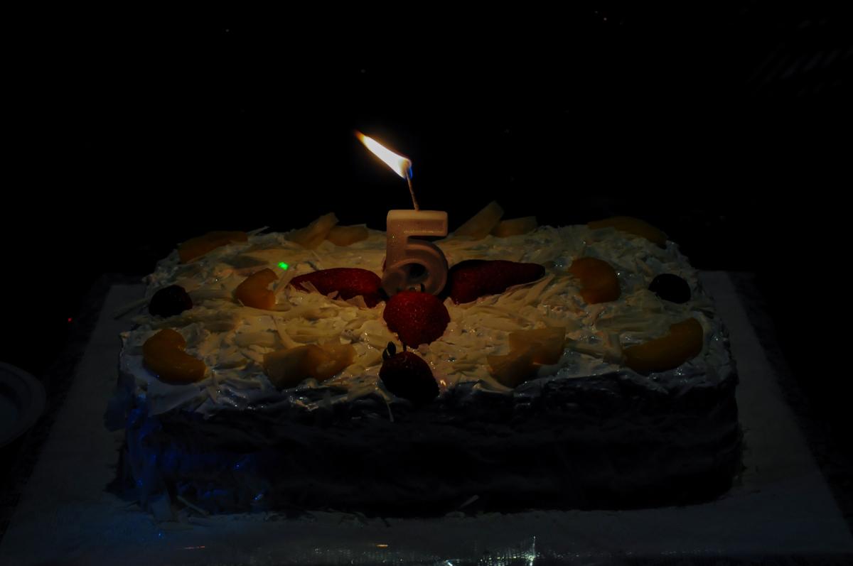 bolo de aniversário no Buffet Magic Joy Unidade Saude