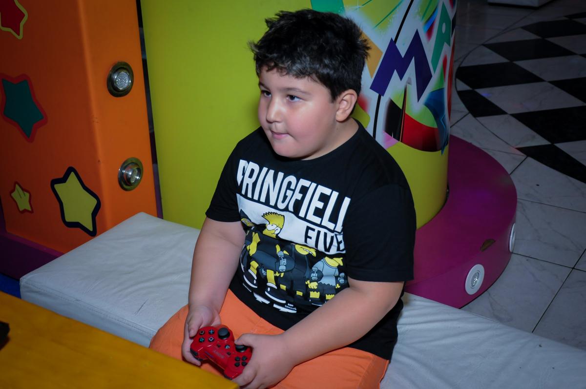 convidado jogando no Buffet Infantil Amazing, Alphaville, São Paulo