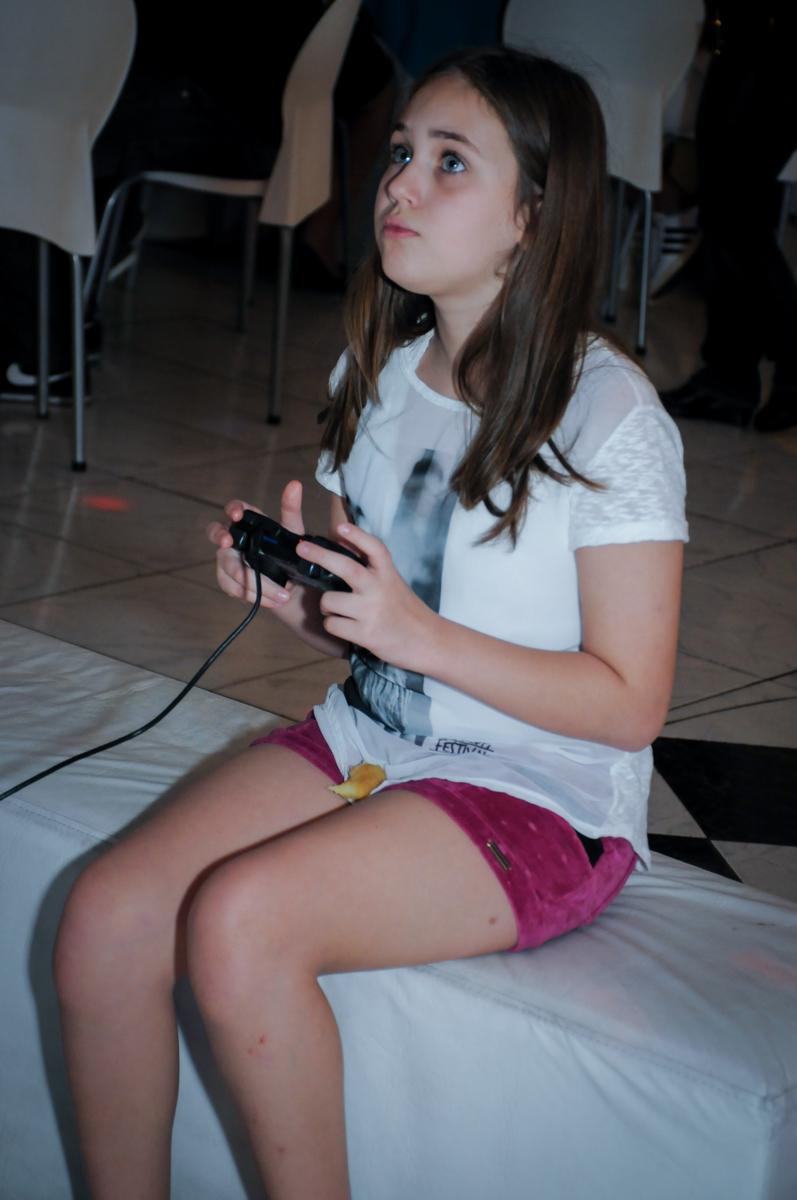 jogo de vídeo game no Buffet Infantil Amazing, Alphaville, São Paulo