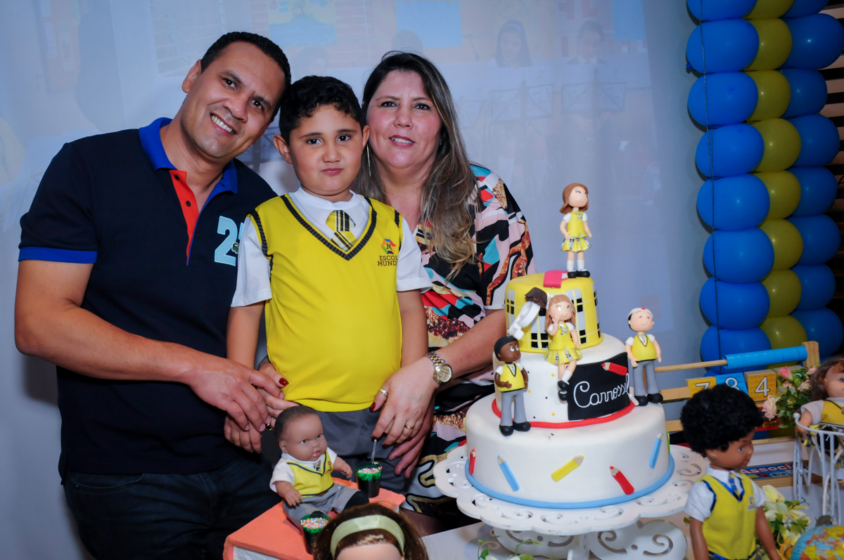 aniversariante e sua mãe no Buffet Infantil Amazing, Alphaville, São Paulo
