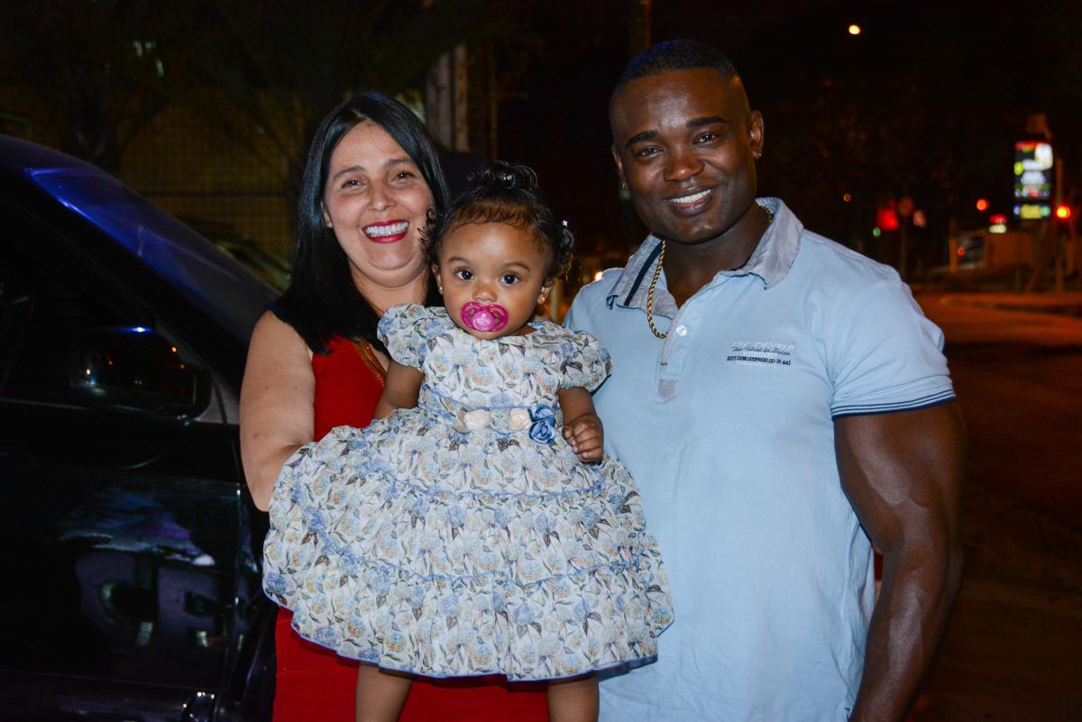 entrada dos pais no Buffet Fábrica da Alegria Unidade Morumbi, São Paulo