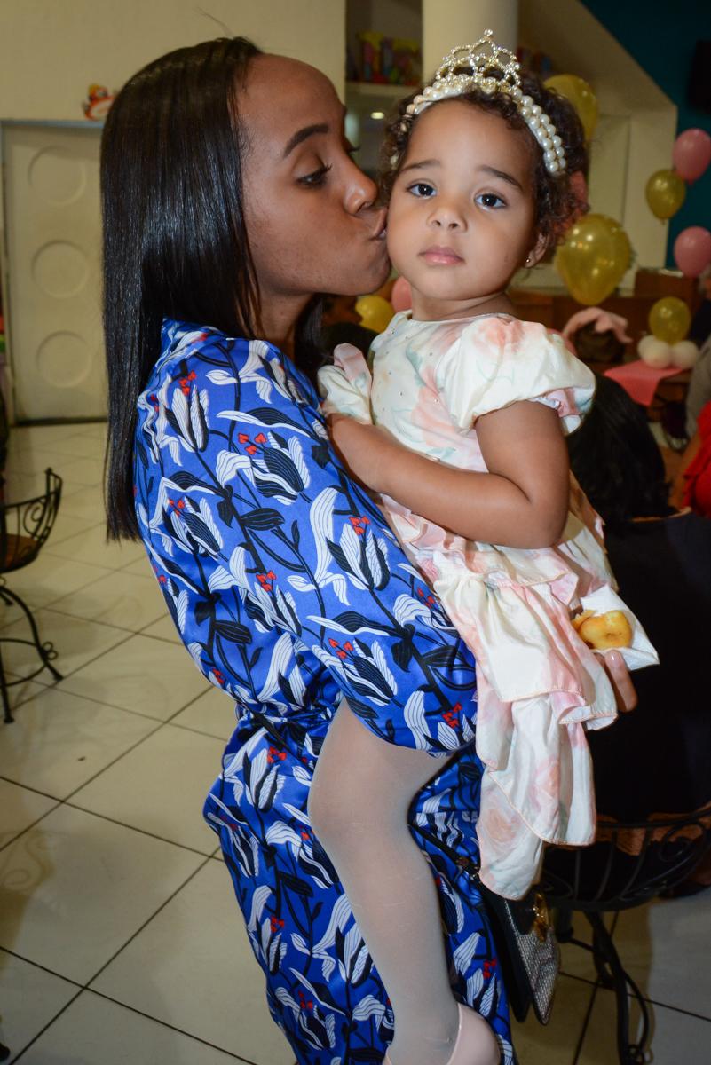 beijinho da titia no Buffet Fábrica da Alegria Unidade Morumbi,São Paulo