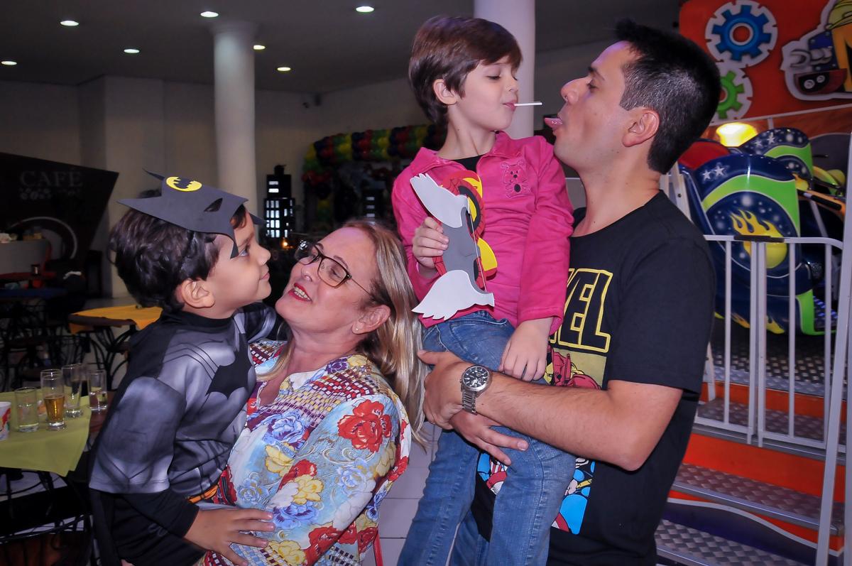final da festa de aniversário do joaquim no Buffet Fábrica da Alegria Morumbi, São Paulo