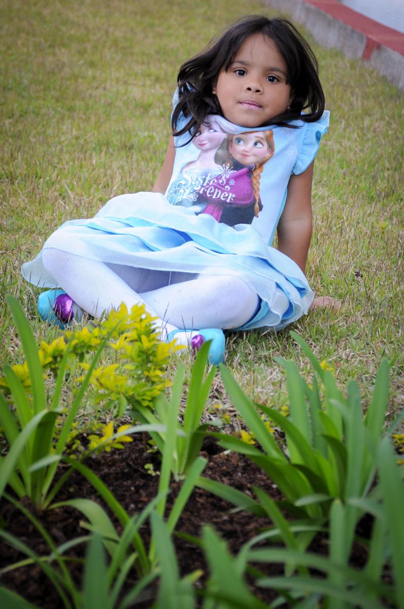 princesinha graciosa no ensaio infantil no condomínio,Saude,São Paulo