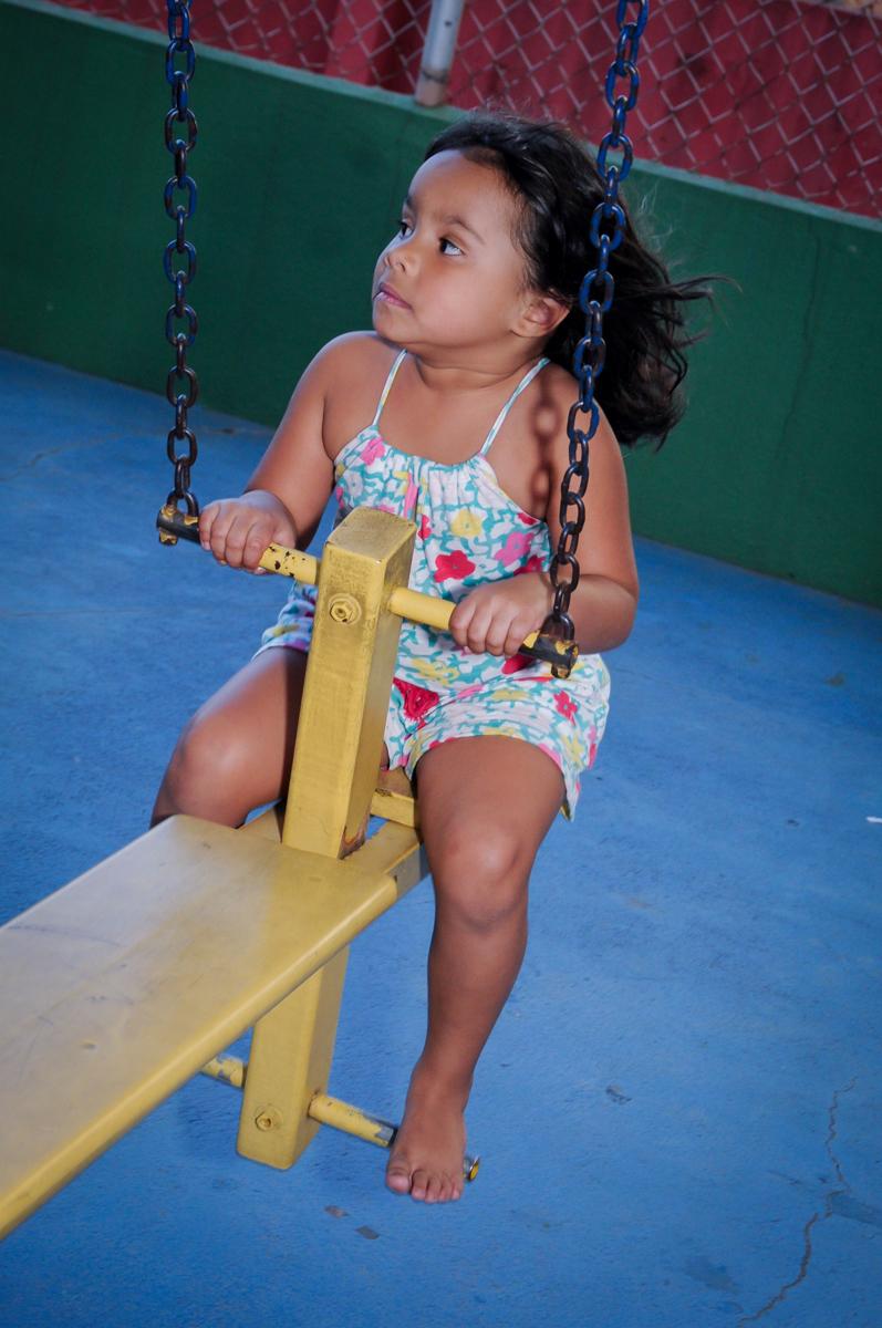 quanta alegria no ensaio fotográfico da raquel no condomínio,Saude,São Paulo