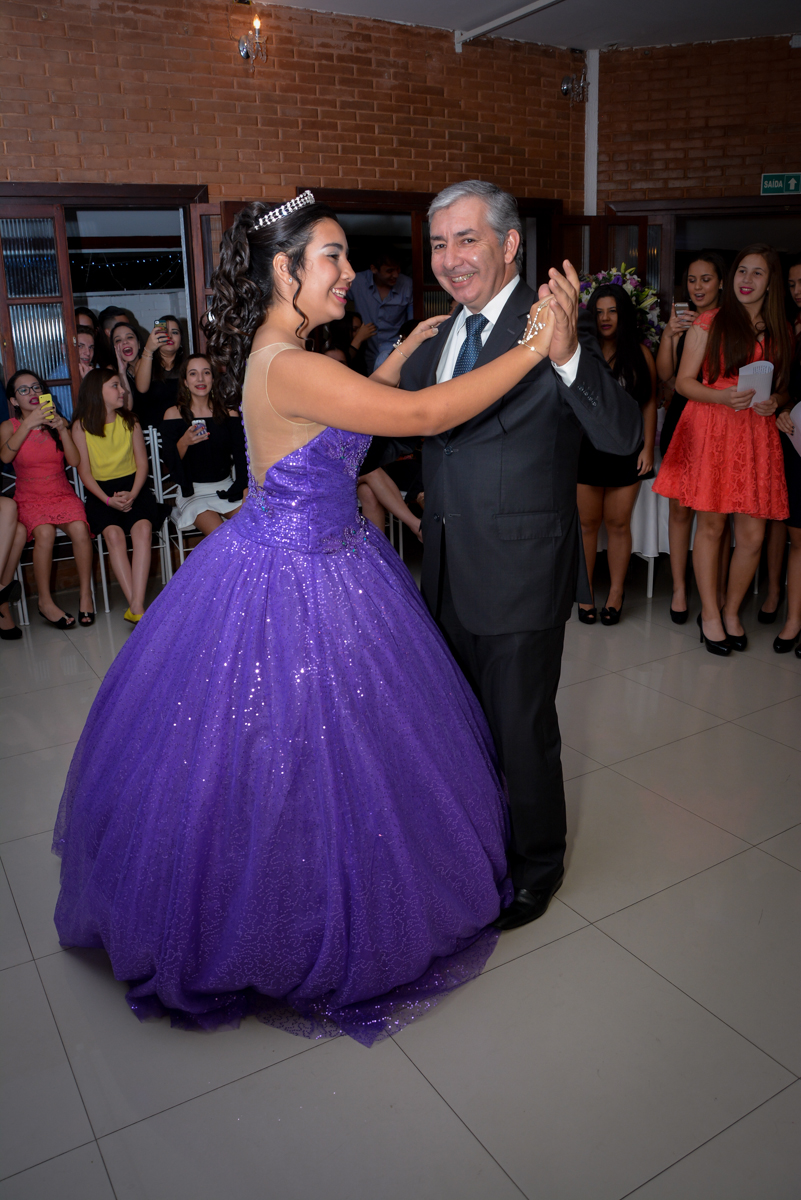 valsa de 15  anos com o pai no Espaço Felicittá, Osasco, São Paulo