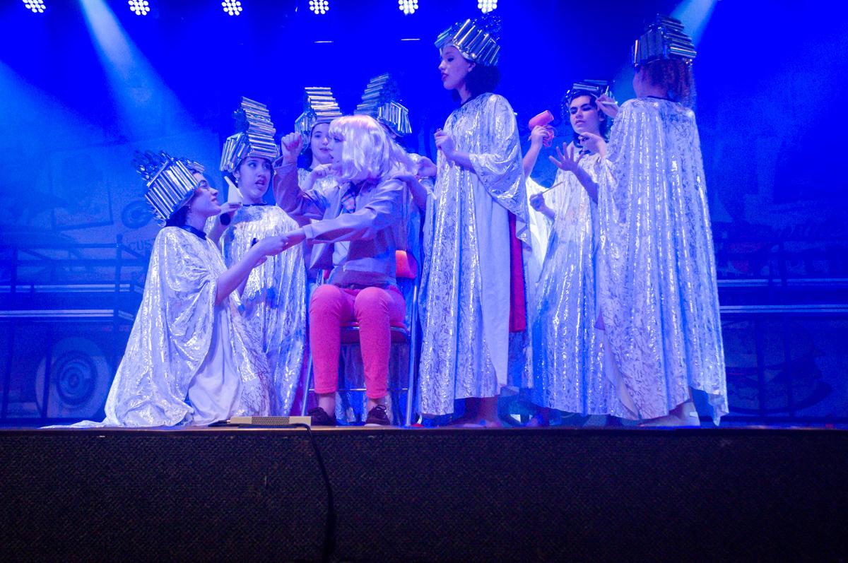 a participação de todos para o melhor no Teatro, Musical no Butantã, São Paulo