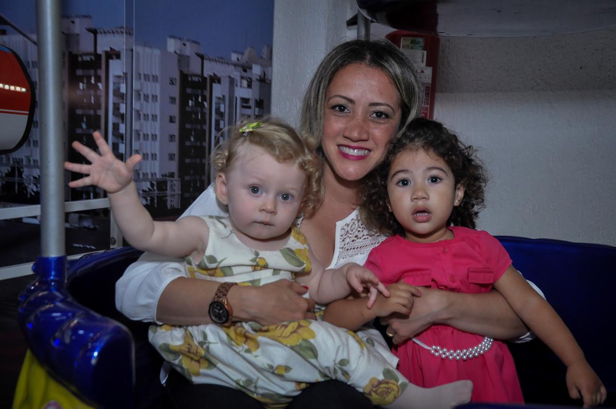 foto linda na Festa de Maria Eduarda 1 aninho, tema minie vermelha, Buffet Mundo Kids, Osasco São Paulo