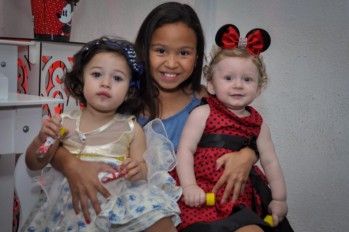 Final de festa na Festa de Maria Eduarda 1 aninho, tema minie vermelha, Buffet Mundo Kids, Osasco São Paulo