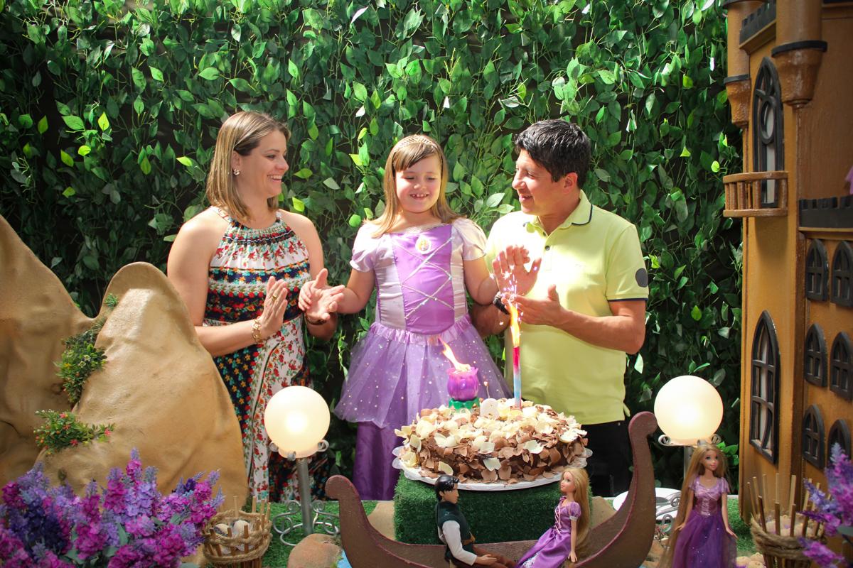 todos cantam parabéns na Festa infantil, Sophia 6 anos Buffet O Galpão, Pinheiros, SP, tema da festa Os enrolados