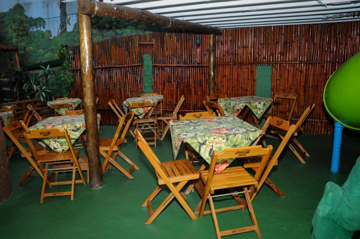 salão dos convidados no Buffet A turma do Haroldo, Higienópolis, SP festa infantil Beatriz e Marina 6 anos