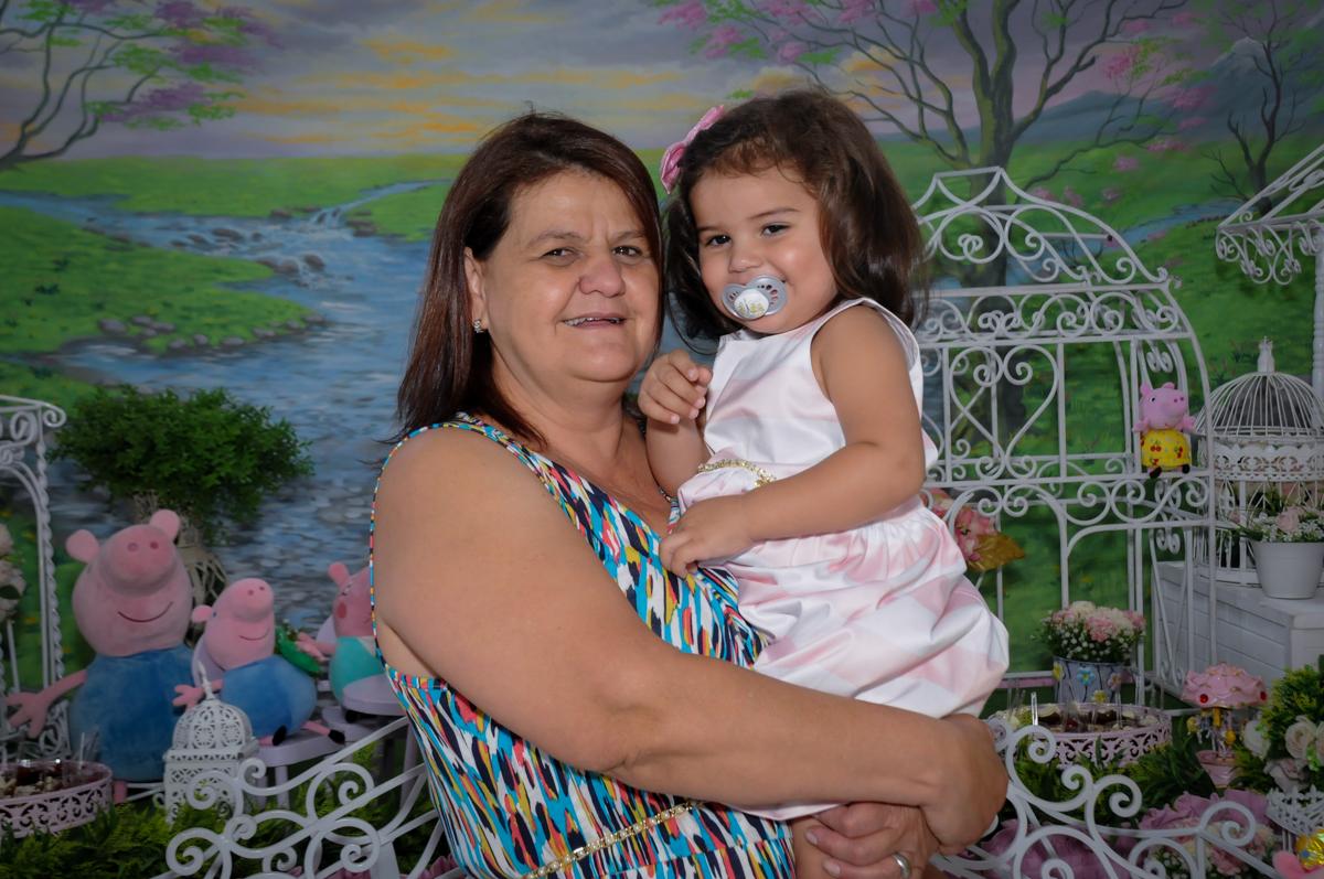 colinho da vovo no Buffet Fantastic World, Morumbi, SP, festa de aniversario de Isabela 2 anos, tema da festa Pepa Pig