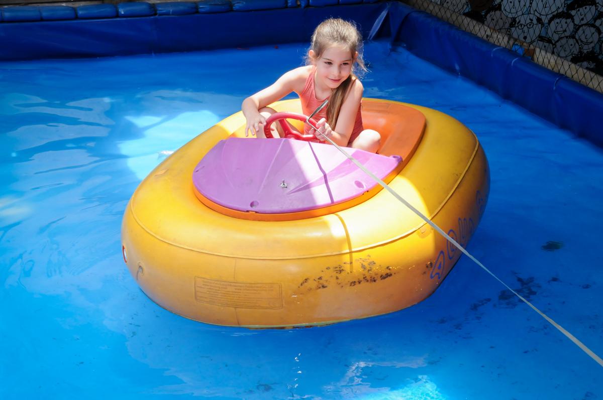 barco inflavel no Buffet Fantastic World, Morumbi, SP, festa de aniversario de Isabela 2 anos, tema da festa Pepa Pig