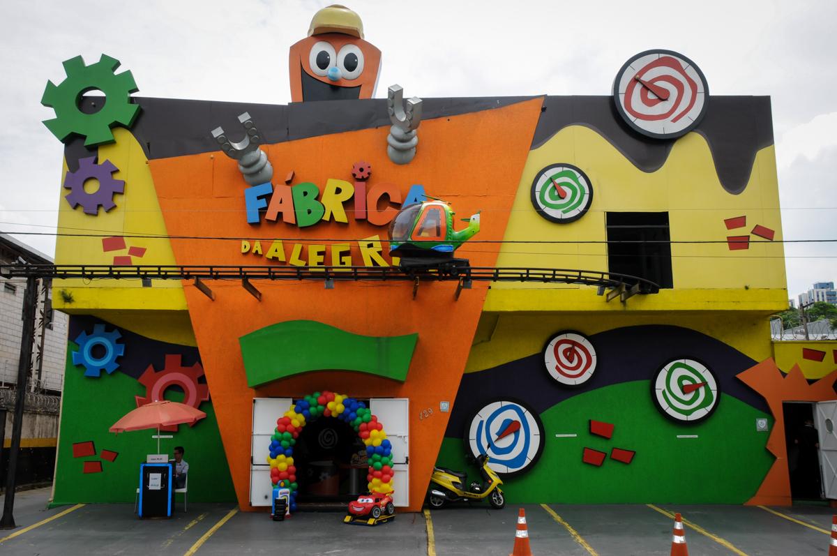 Buffet Fábrica da Alegria, Morumbi, SP. festa infantil, Samuel 4 anos, tema Carros