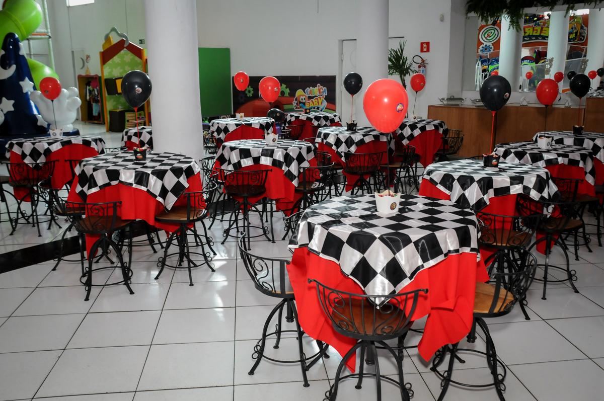 salão decorado no Buffet Fábrica da Alegria, Morumbi, SP. festa infantil, Samuel 4 anos, tema Carros