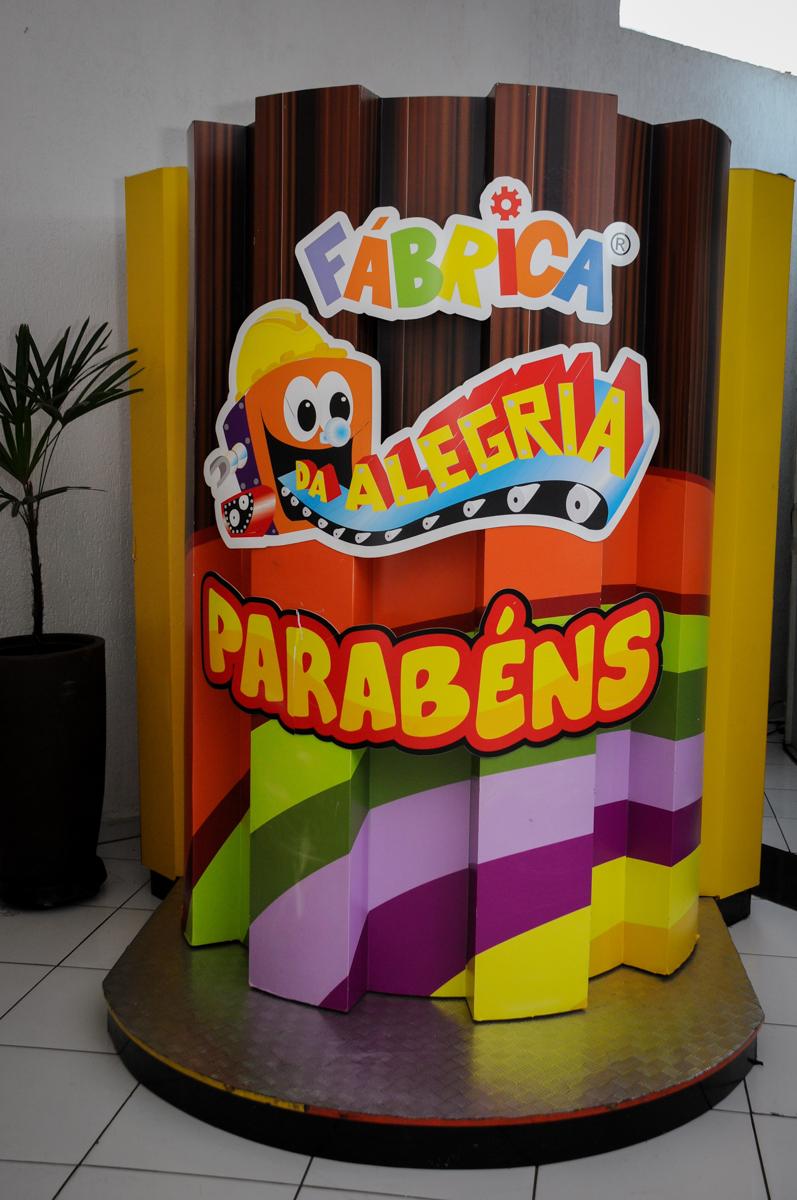 máquina do parabéns na Buffet Fábrica da Alegria, Morumbi, SP. festa infantil, Samuel 4 anos, tema Carros