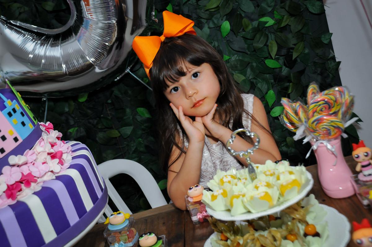 nais fotografia na Festa infantil Paulina Chieko 5 anos, condomínio Saúde, São Paulo, SP, tema da festa meninas super poderosas