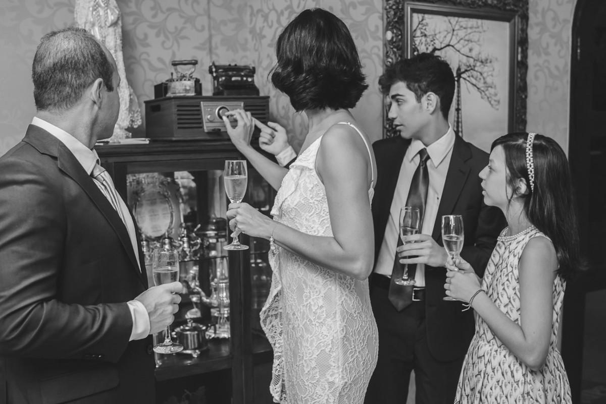 iniciando a festa de casamento