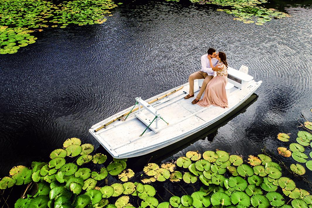 Filme e fotografia de casamento com Drone na casa de campo PE