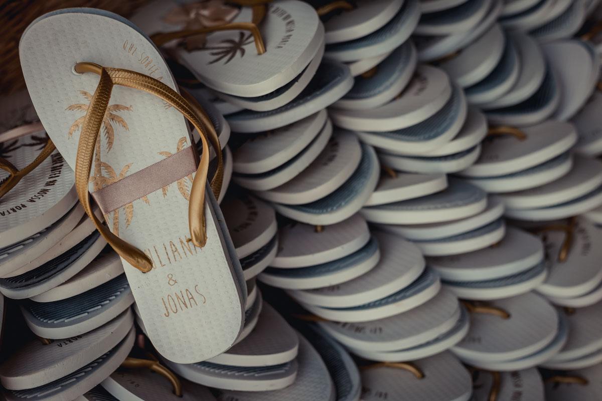 para casar na praia sandálias personalizadas