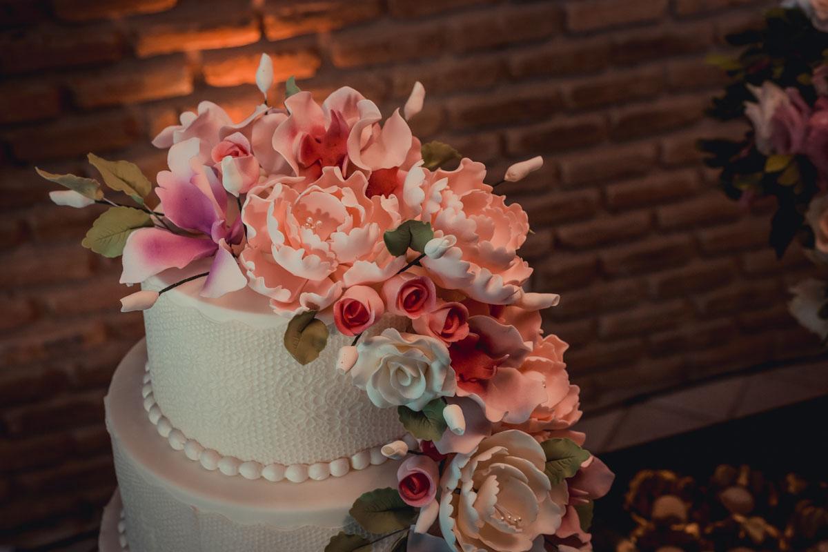 detalhes do bolo de casamento