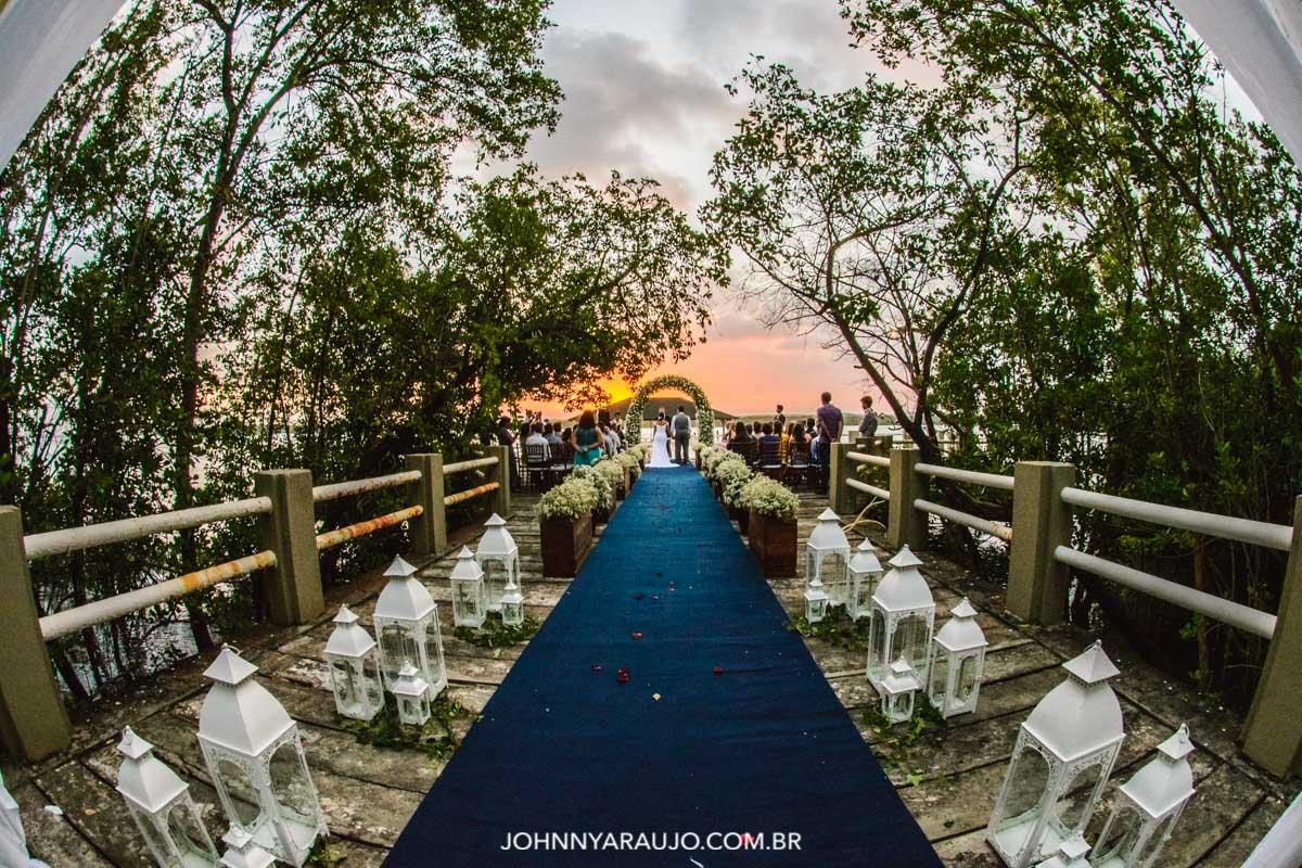 Cenário perfeito para uma linda cerimonia de casamento