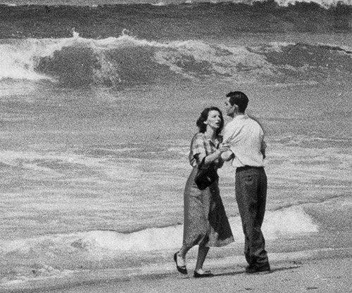 Imagem capa - 'TRAGEDY BY THE SEA': A FOTOGRAFIA QUE COMOVEU UMA NAÇÃO por Múcio & Andreza Albuquerque