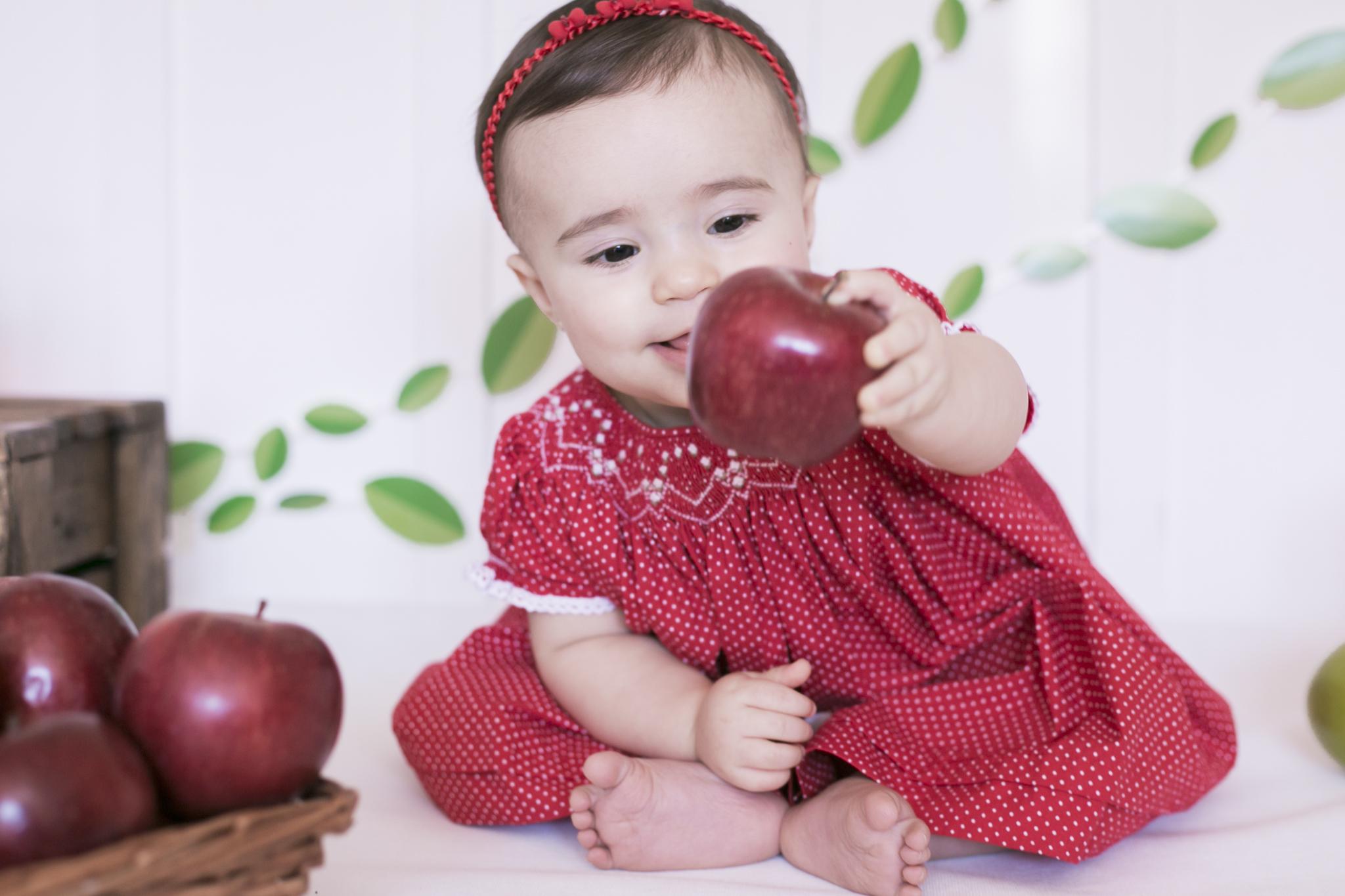 """Imagem capa - O que é ensaio """"Smash The Fruit"""" por Camila D'Orazio"""