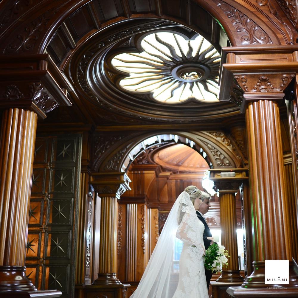 A entrada da noiva na igreja de presidente prudente