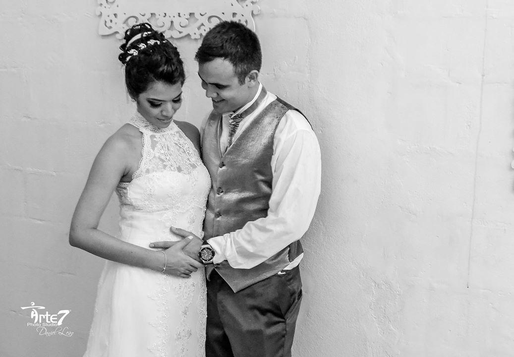 Imagem capa - Noiva Grávida: Como Planejar o Casamento Enquanto Espera o Bebê. por Arte7Criaçoes