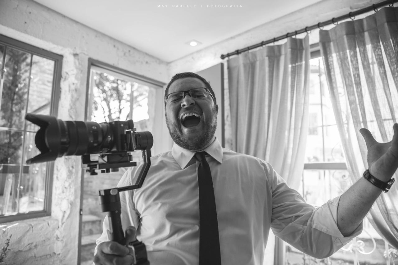 Sobre Adriano Vaccari - Filmes & Fotos