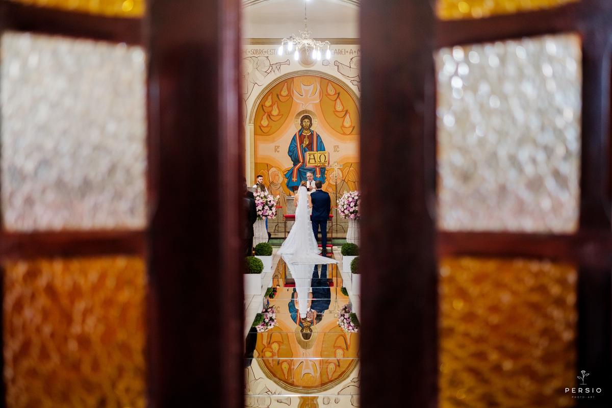 Imagem capa - O que eu preciso saber antes de escolher um fotógrafo para o meu casamento? por Raphaela e Heliel Persio