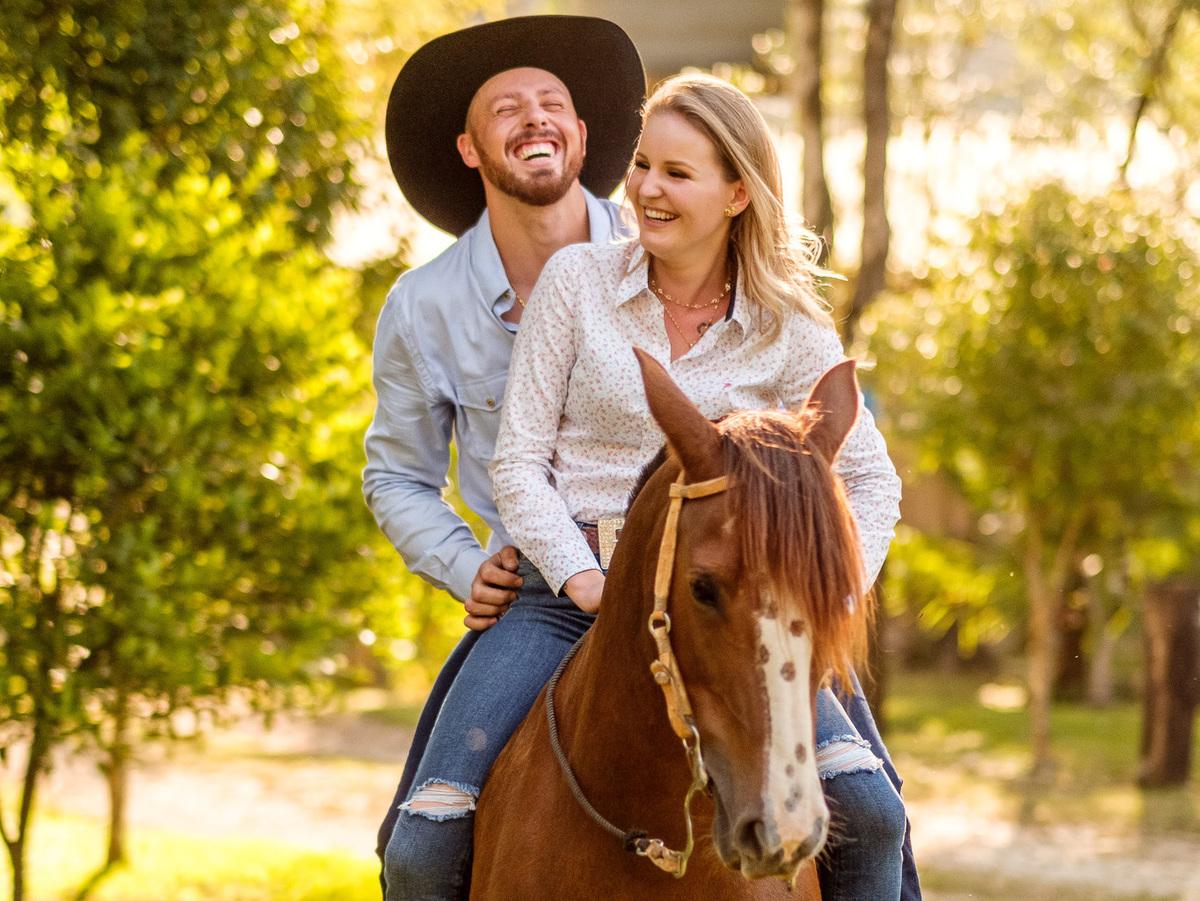Imagem capa - Espontaneidade: você sabia que esse é o segredo para um bom ensaio fotográfico pré wedding? por Raphaela e Heliel Persio