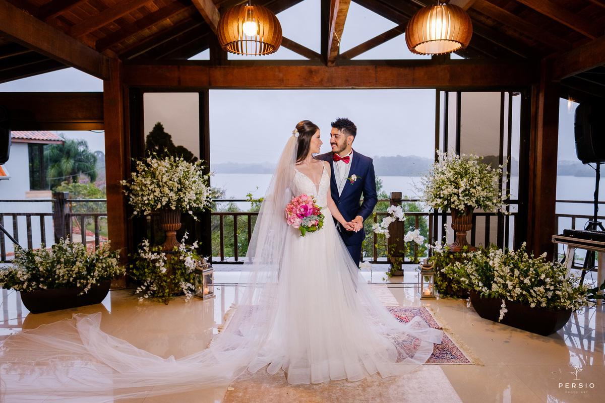 Imagem capa - Três dicas para criar o check list perfeito na hora de organizar o seu casamento por Raphaela e Heliel Persio