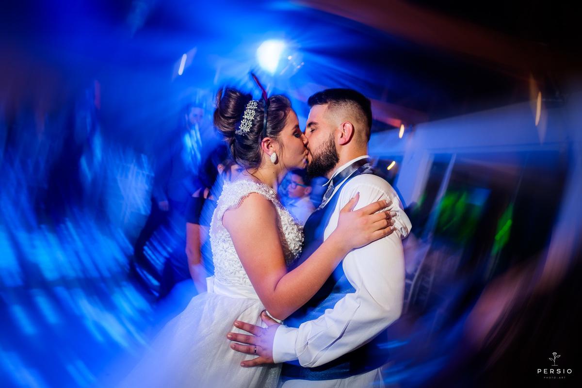 Imagem capa - 5 Pequenos detalhes que você precisa estar atenta na hora organizar seu casamento por Raphaela e Heliel Persio
