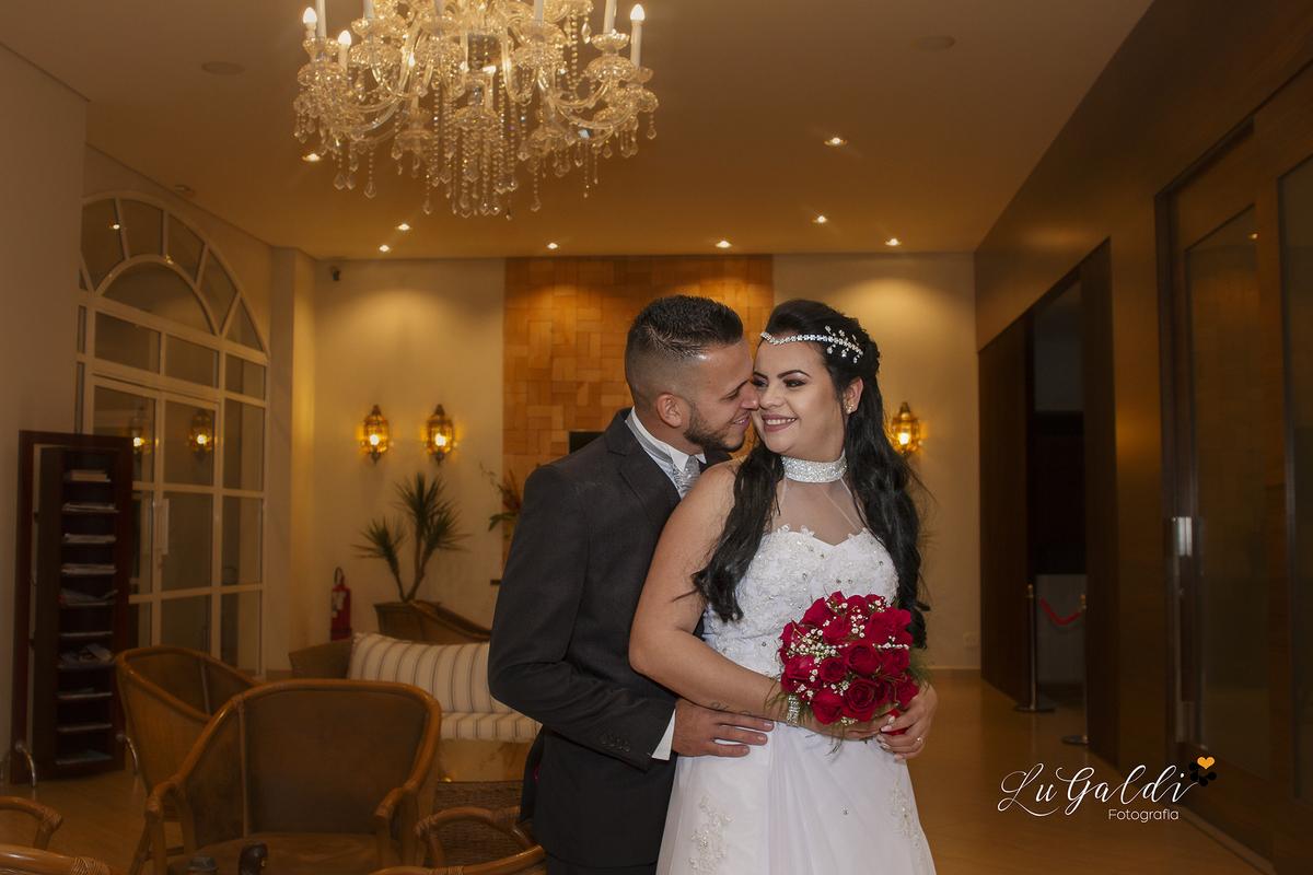 casamento de Ellen e Eduardo , na cidade de Piracicaba/SP , com fotos externas , onde o casal em Hotel Beira Rio