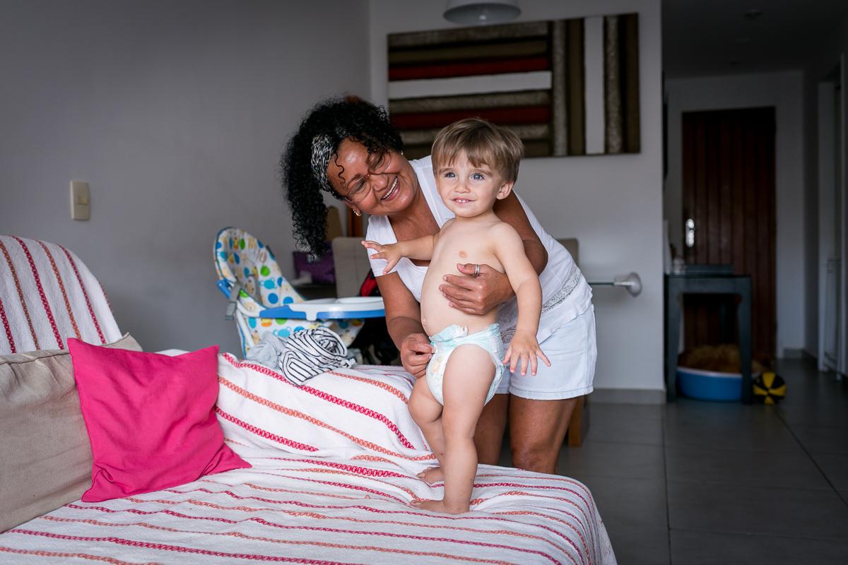 Imagem capa - Bernardo em: Mamãe foi trabalhar por Teca Avelar Fotografia