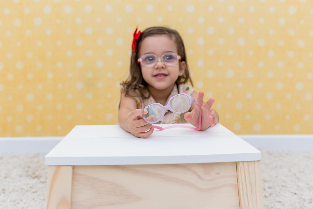 Imagem capa - A Gigi usa óculos por Teca Avelar Fotografia