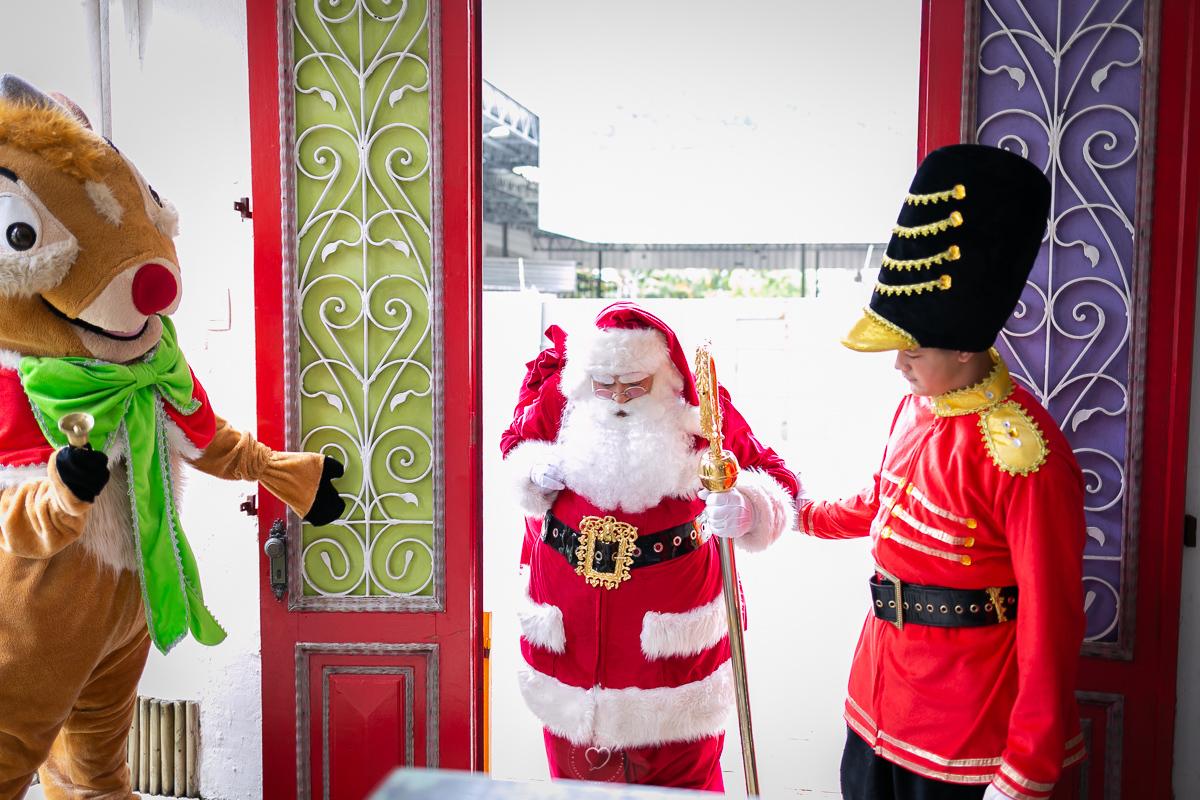 Imagem capa - Festa de Natal do Projeto Morro do Sapê por Teca Avelar Fotografia