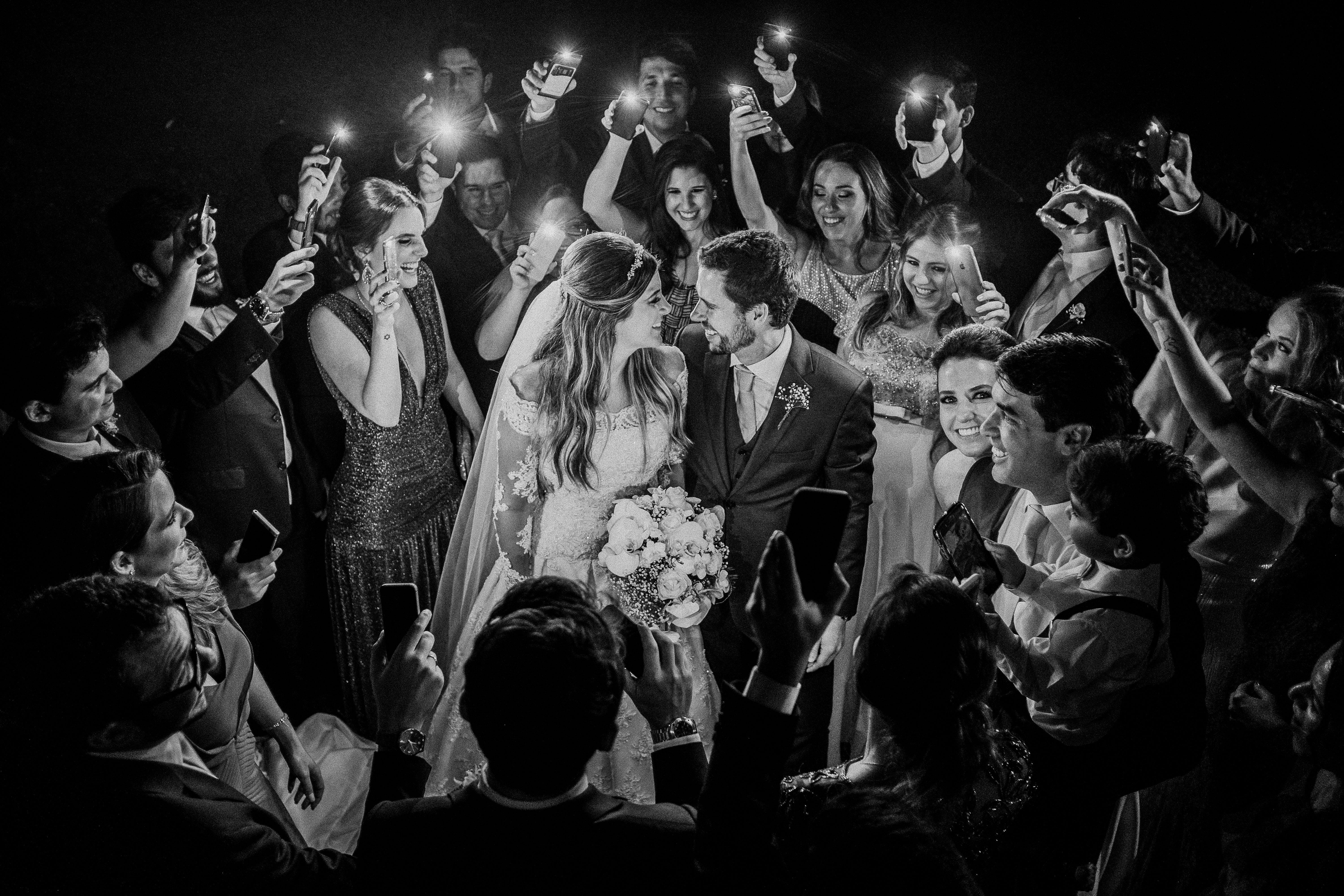 Contate Fotografia de Casamento, Retratos, Ensaios de Família, Gestante, Editoriais, Moda, Fotojornalismo, Lifestyle { Fotógrafo de Casamento, Fotógrafa de Casamento, fotógrafo casamento, fotógrafa casamento Rio de Janeiro, Niterói, RJ, Brasil, Brazil }