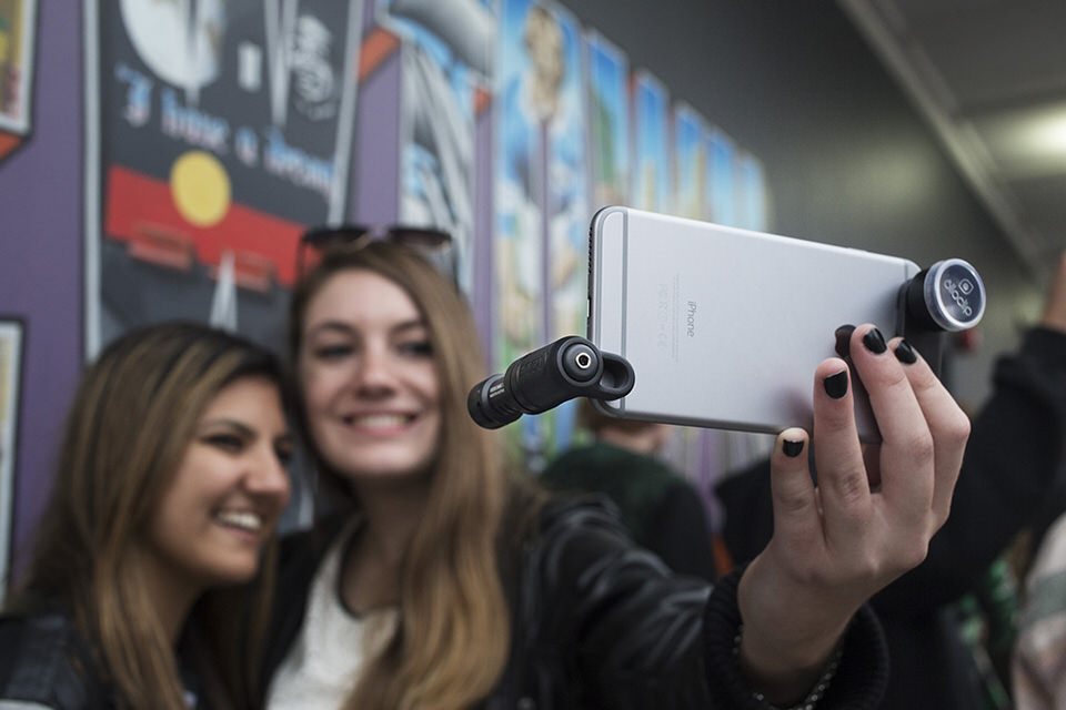 Imagem capa - Cómo grabar videos de calidad con tu smartphone por Edward Bolívar Sánchez