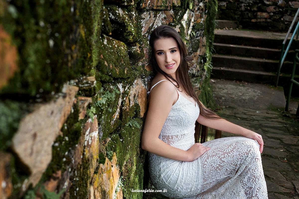 fotos de 15 anos na natureza em poços de caldas fotografias com Luciana Faria de poços ensaio no véus das noivas ponto turístico