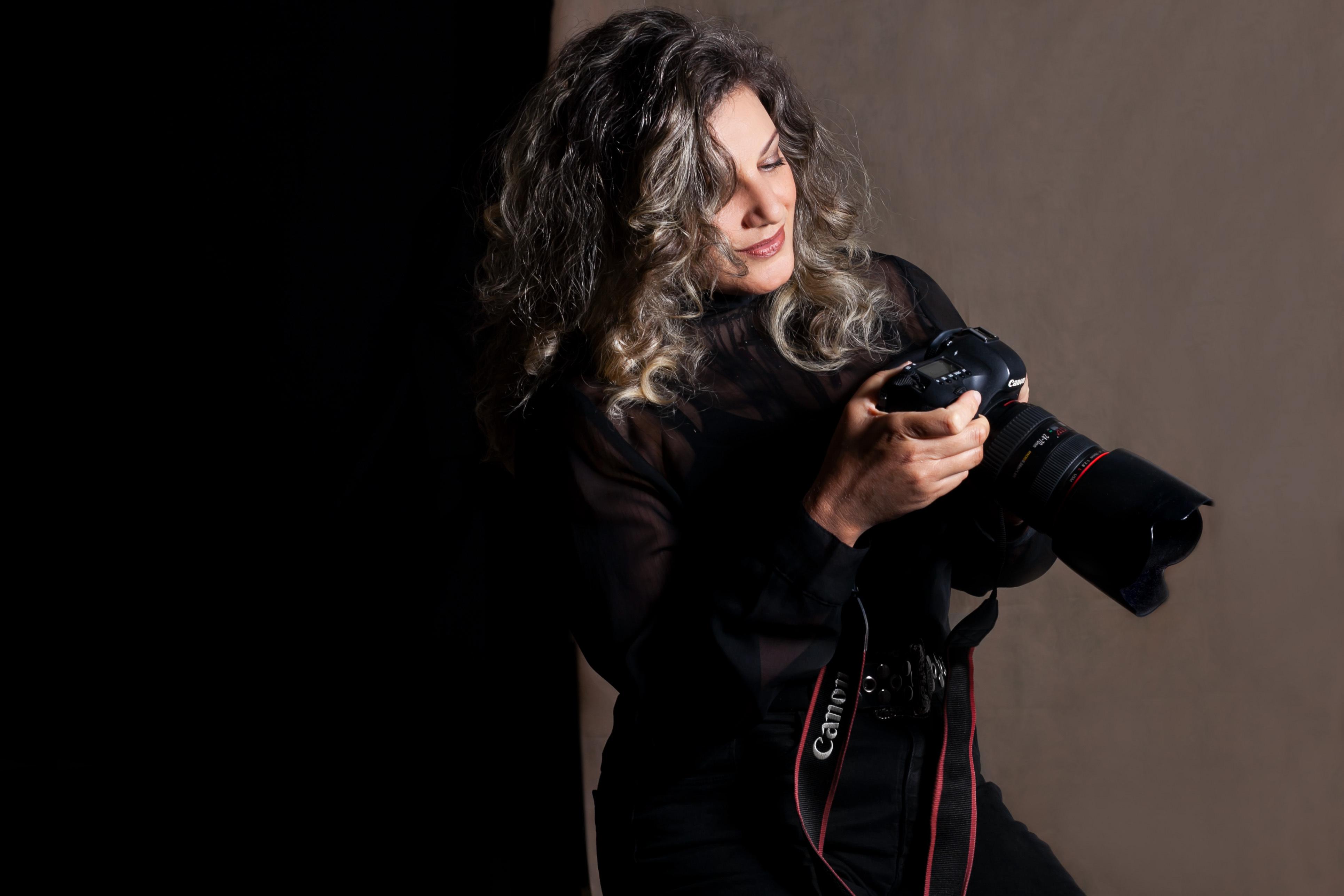 Sobre Luciana Faria - fotógrafa de gestante, família, ensaio documental, infantil, casamentos,  Poços de Caldas - MG, São João da Boa Vista-SP Campinas-SP