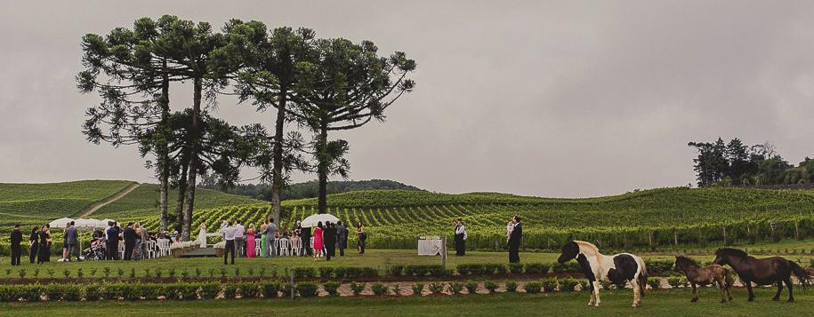Contate Fotógrafo de Casamento em Guimarães e Braga. Melhores fotógrafos de casamentos em Portugal.