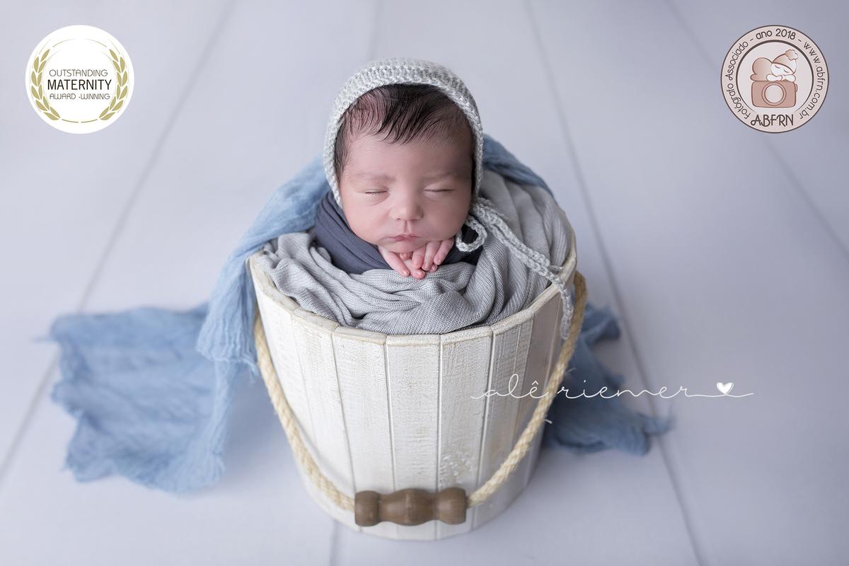 Imagem capa - ABFRN - Associação brasileira de fotógrafos de recém-nascidos por Alessandra Riemer