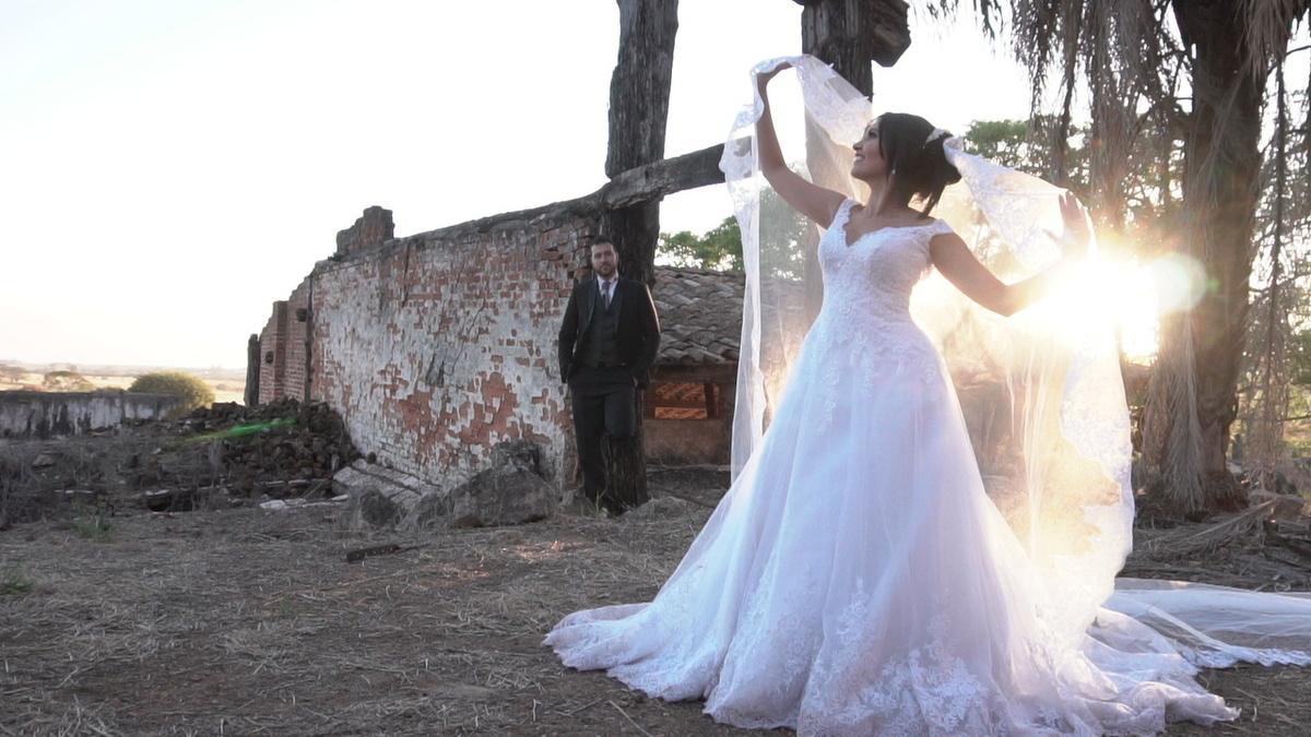 Imagem capa - O que é o TTD - Trash The Dress por Jorge Antonio de Carvalho Junior
