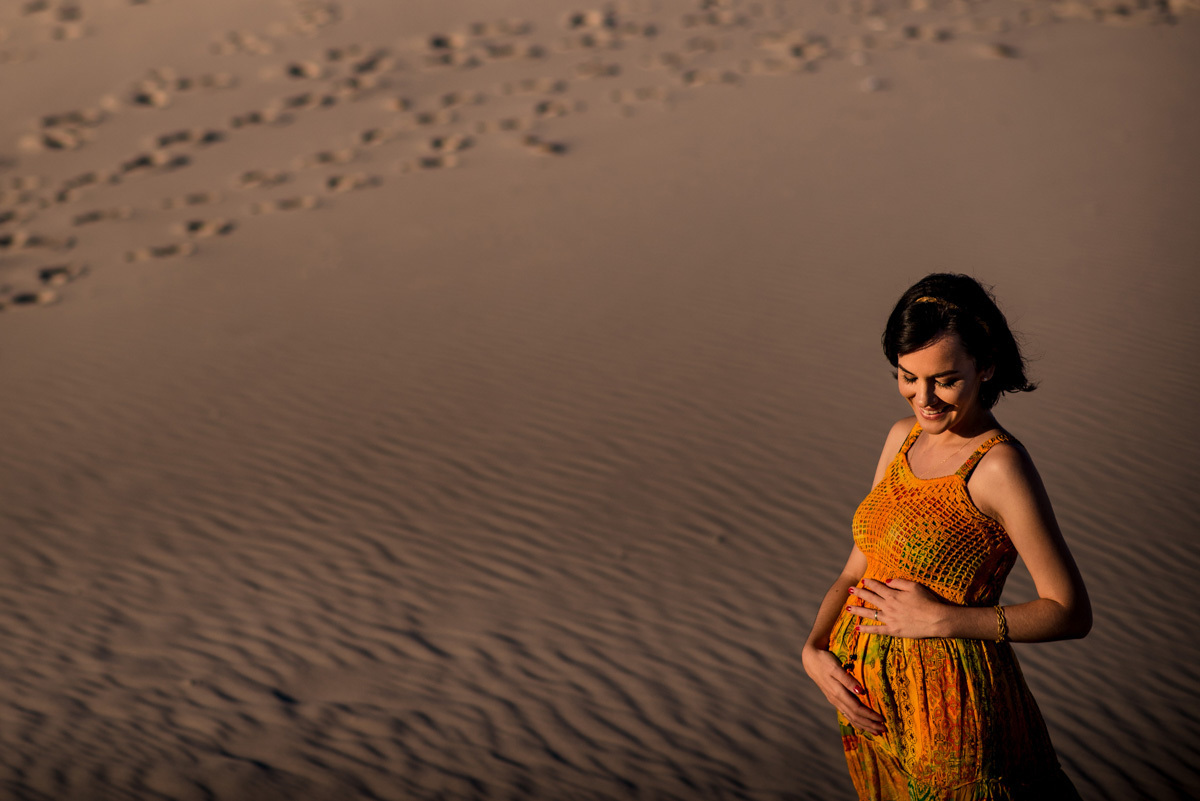 fotografia de gravida na praia